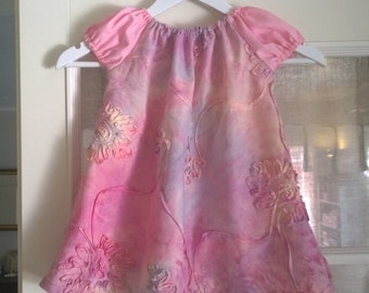 Girl's dress ages 8-12 months