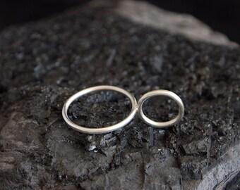 GRETA unique handmade sterling silver ring jewellery jewelry minimalistic simple circle bold geometric quality sleek style cool dream gift