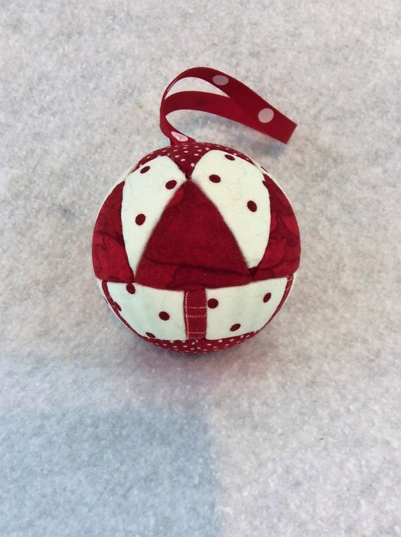 133 Six Trees - Red and White Christmas ornament from a quilt pattern