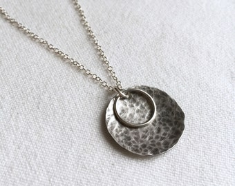 Simple Orbit Necklace in Sterling Silver