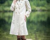 Vintage Ivory Cream Trench Coat (Size Medium)