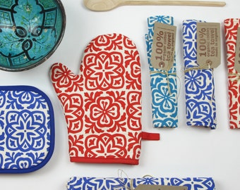 Moroccan Tile Print Oven Mitt Pot Holder