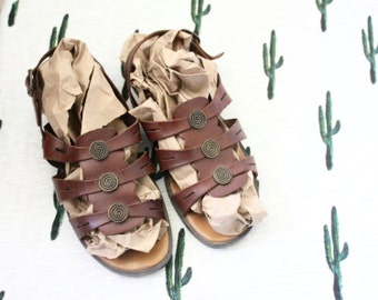 leather sandals/ 7 w