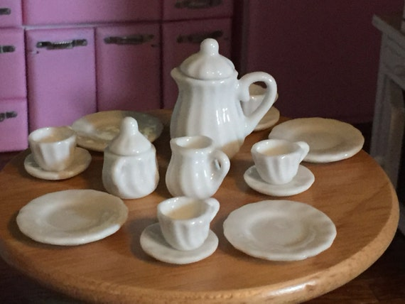Miniature White Tea Set, Dollhouse Miniatures, 1:12 Scale, Dollhouse Dining, Decor, Miniature Dishes, Dollhouse Accessories