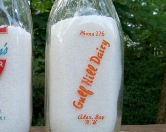 Gulf Hill Dairy Alex Bay NY Quart Glass Milk Bottle Alexandria Bay New York