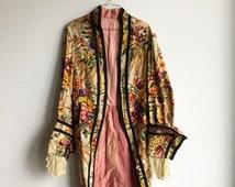Vintage 1930s/40s Long Floral Coat / Lace Sleeves / Black Trim / Medium