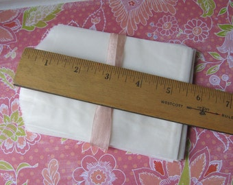 "25 Flat Glassine Bags - 3.75"" x 5"" - Small / Medium - 2 Ounce / Oz - 3 3/4 x 5"" - Wide - Food Safe Crafting - Translucent Packaging - Sz 213"
