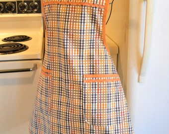 Women's Vintage Style Full Apron in Plaid