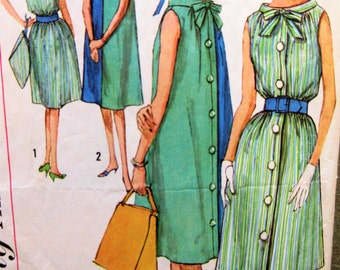 Vintage Simplicity 3904 Sewing Pattern, 1960s Dress Pattern, Turnabout Dress, Hat Pattern,  Bust 31.5, 1960s Sewing Pattern, Tent Dress