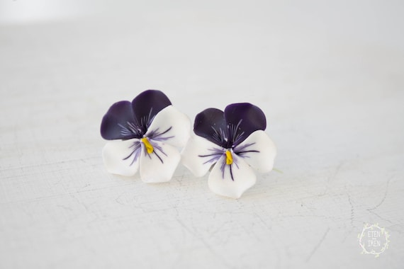 Purple White Pansies Kiss-me-quick Handmade Stud Earrings Wholesale Small Hypoallergenic Studs Polymer Clay Women Wedding Bridal Gifts