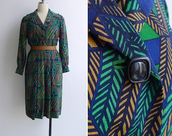 10-25% OFF Code In Shop - Vintage 70's Green Geometric Op Art Frill Collar Dress M or L