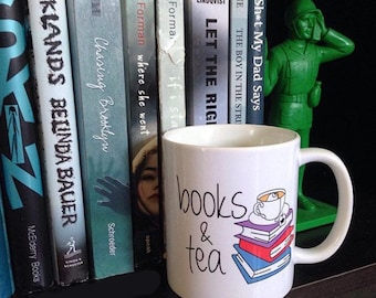 Books & Tea Mug