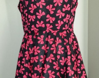 Full Circle Rockabilly dress with built in petty coat