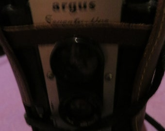 Argus seventyfive 75mm camera with origional leather case
