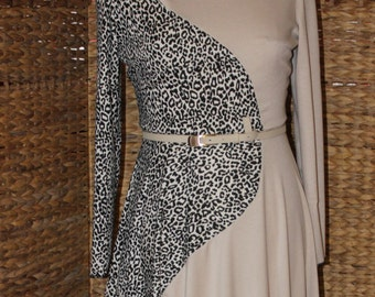Beautiful Dresses, Abayas, Caftans, all sizes available.