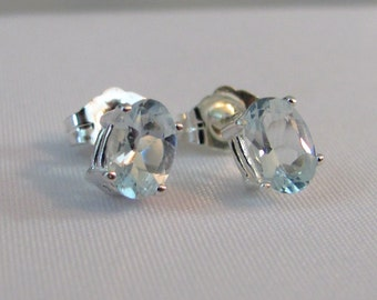 Aquamarine Post Earrings in Sterling Silver, Aquamarine Jewelry, March Birthstone, 6x4mm Aquamarine Stud Earrings, Aquamarine Earrings
