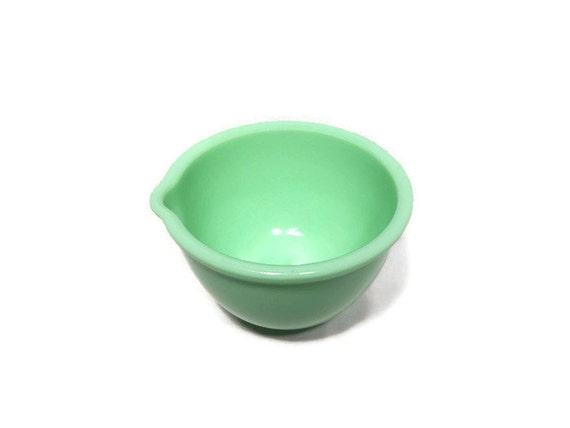 Vintage fire king jadeite mixing bowl or batter bowl 6 3 8 for Fish batter bowl