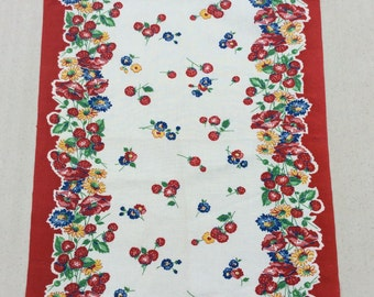 Vintage Towel Bright Raspberries Poppies & Daisies