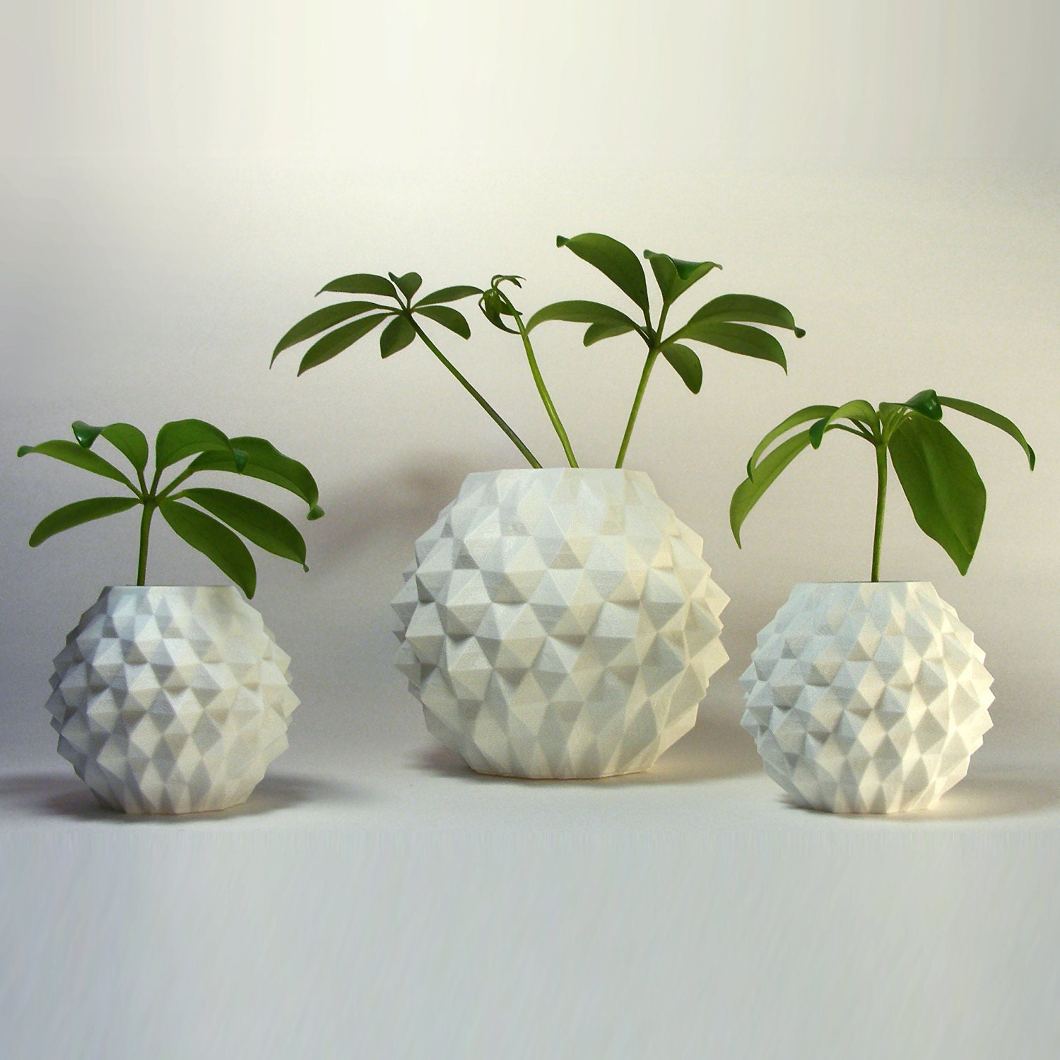 Gift set of indoor planters round geometric decor by meshcloud for Design indoor plant pots uk