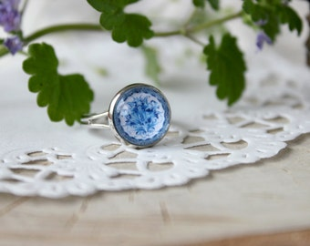 Blue White Gzhel Ring, Adjustable Ring, Glass Cabochon, Russian Folk Art