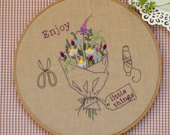 Hand embroidery hoop art, embroidery hoop, DIY Gift, embroidery pattern, flowers embroidery, wildflower bouquet