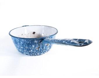 French Colander with a Long Handle, Enameled Sieve, Enamelware Skimmer Ladle, Retro Kitchen Decor, Kitchen Utensil, Kitchenalia
