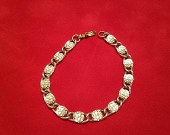 Sarah Coventry Silver tone chain bracelet