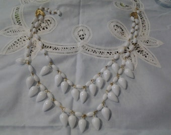 Vintage lucite 1950's white two strand necklace