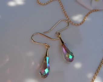 Earrings in gold, 585 gold filled with Crystal drops