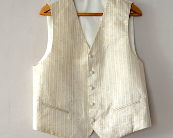 White Mens Vest Formal Fitted Waistcoat Edwardian Victorian Renaissance Steampunk Baroque Vest Classic Formal Wedding vest Large Size