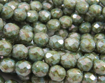8mm Green Speckled Luster Czech Glass Opaque Faceted Fire Polished 30 Beads PFP8MM010