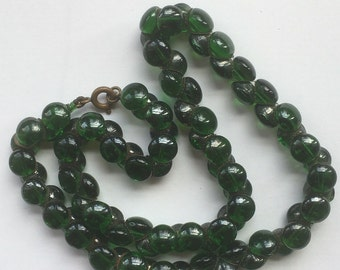 Vintage Dark Green Translucent Glass Bead Choker Necklace/Smooth Beads/Criss Cross Linked Necklace