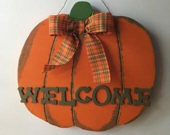 Pumpkin Door Hanger, Pumpkin Wall Decor, Pumpkin Welcome Sign, Fall Welcome Sign, Halloween Welcome Sign, Fall Door Hanger