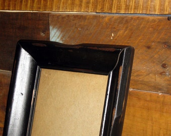 Black Rustic Distressed Wood 5 x 7 Picture Frame with Glass.