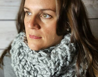 Crochet Infinity Scarf, Crochet Cowl Scarf, Circle Scarf, Loop Scarf, Light Gray Infinity Scarf - Can be worn 2 different ways!