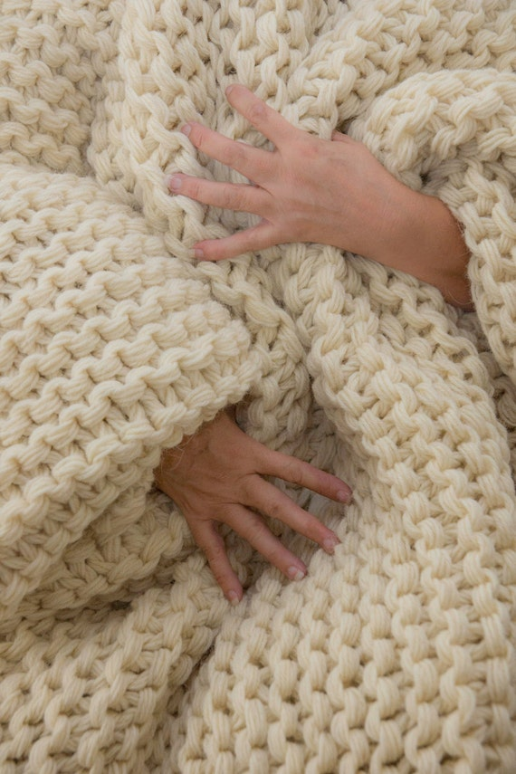 Giant Knitting Blankets : Chunky knit blanket huge hand afghan