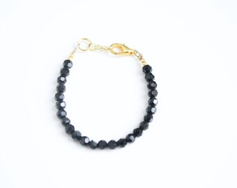 The Black Textured Glass Bead Bracelet