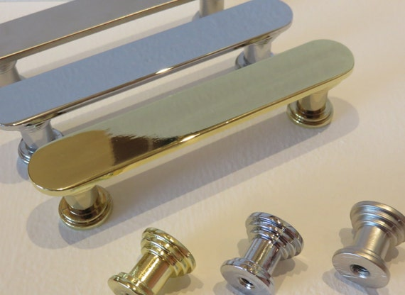 Custom Glass Cabinet Hardware. Personalized Modern Home