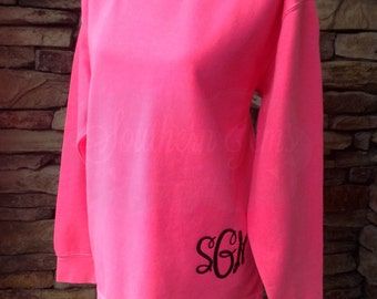 Monogram Sweatshirt, Comfort Colors Sweatshirt, Monogrammed Sweatshirt, Comfort Colors,Momogram Tunic, Slouchy Sweatshirt, Preppy Sweatshirt