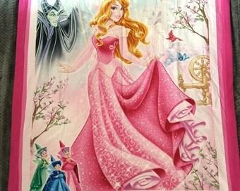 Aurora, Fairies and Maleficent Sleeping Beauty blanket