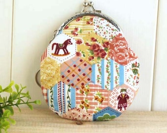 Handmade Sewing Purse/Patchwork Style Printed Cotton Fabric/Metal Frame Coin Bag/Size:10*8.5CM