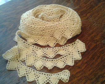 Crocheted Vintage Lace Trim