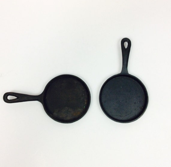 What Size Cast Iron Skillet: Small Cast Iron Skillets Small Cast Iron Pan Size 1 Cast Iron