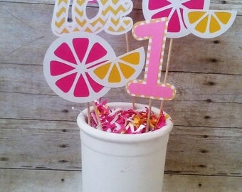 Pink Lemonade Centerpieces - summer party - personalized - party supplies - table decorations