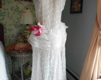 Gorgeous 1930's White Confection of an Organza Dress