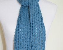 Women's blue knit lace scarf