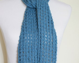 Women's blue knit lace scarf