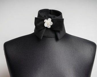 Design removable collar, haute couture collar with a white flower as an application