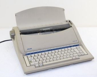 Vintage Olivetti Linea 101 Electronic Typewriter Portable German Vintage . Office Office Equipment Works Perfectly !