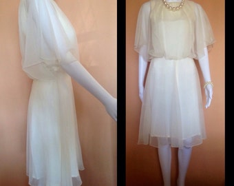Vintage 70's floaty ivory chiffon cocktail dress. Australian size 8. Party, Wedding, Cocktails